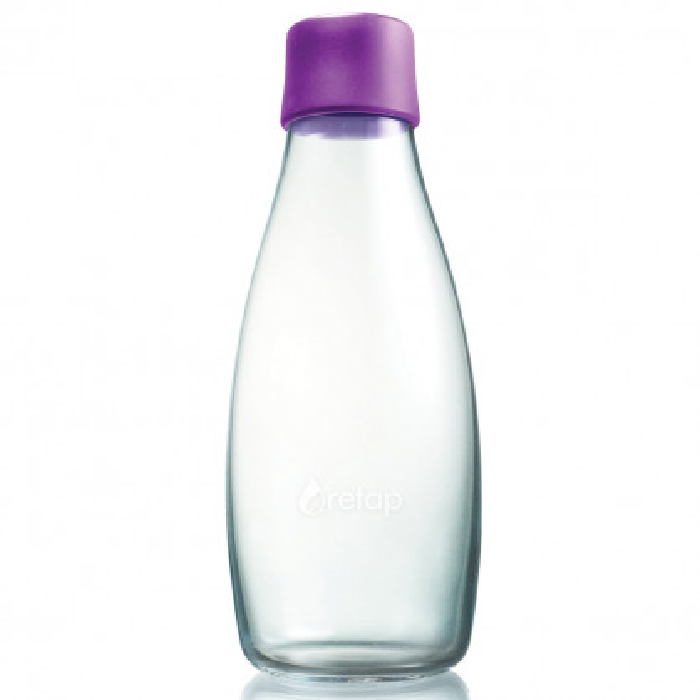 Retap Trinkflasche 0,5l aus Borosilikatglas mit violettem Deckel.