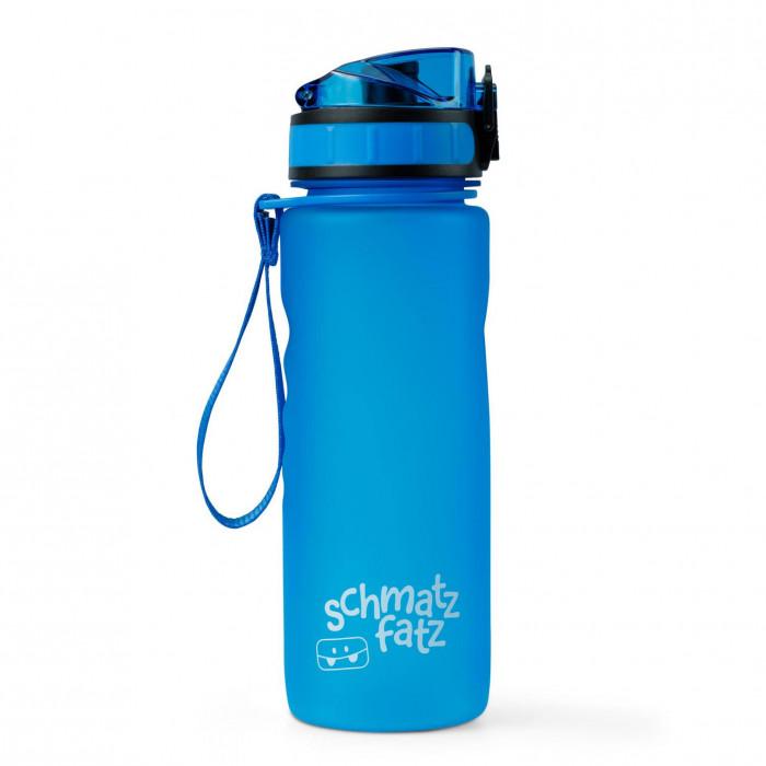 Blaue Trinkflasche 0,5 l aus Kunststoff von schmatzfatz. Auslaufsichere Kinder Trinkflasche 500 ml mit 1-Klick-Verschluss, Trageschlaufe und Fruchtsieb.