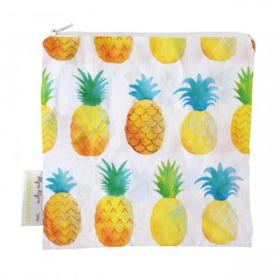 Lunchtüte quadratisch mit Reißverschlusss und Ananasprint. Modell Snack & Everythingbag von Itzy Ritzy Design.