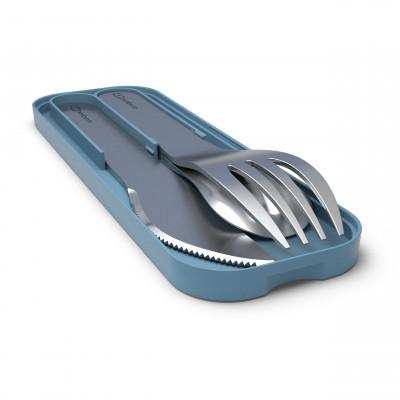 Besteckset MB POCKET von monbento. Das Besteck Set besteht aus Gabel, Löffel und Messer in Edelstahl mit denim blauem Etui.